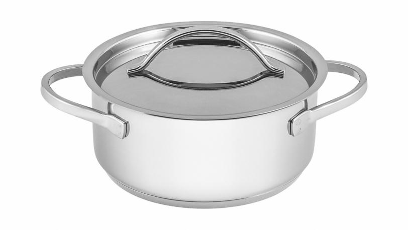 Petite casserole avec couvercle