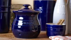 HENCKELS 40511-581 Staub Ceramic Garlic Keeper with Lid Blue ZWILLING J.A